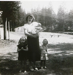 Mary Martindale Reeve, Lorraine Janet Reeve, Joan Lillian Thurston, and Edith Marie Reeve, April 1951