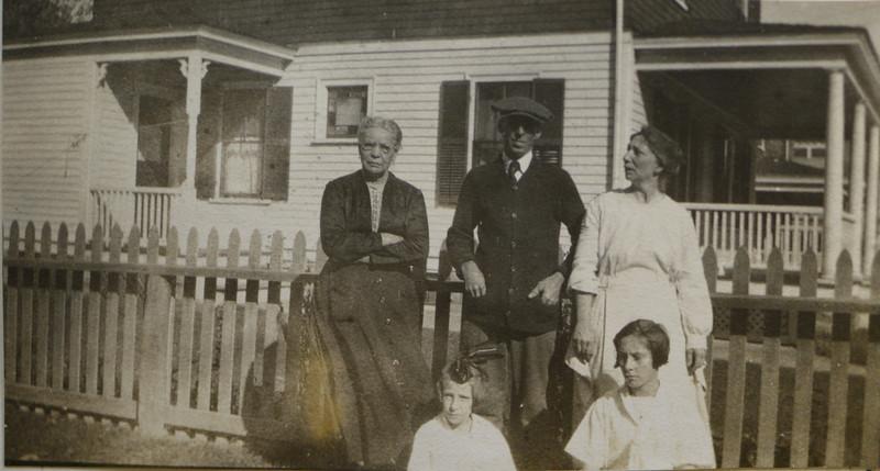 Stephanie B Bishop (née Belanger), Frederick T Cabana, Eugenia Cabana (née Bishop), Irene and Gladys Cabana