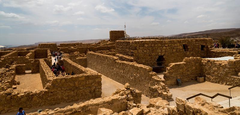 "<a href=""http://en.wikipedia.org/wiki/Masada"">http://en.wikipedia.org/wiki/Masada</a>"