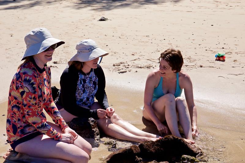 Emily, Steph, Nathalie