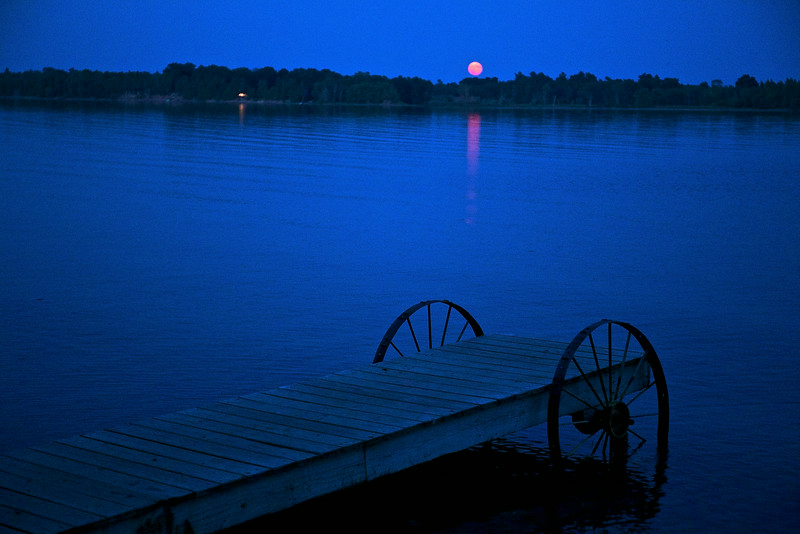 Our timing was good--there was a wonderful full moon rising  over Lake Champlain.
