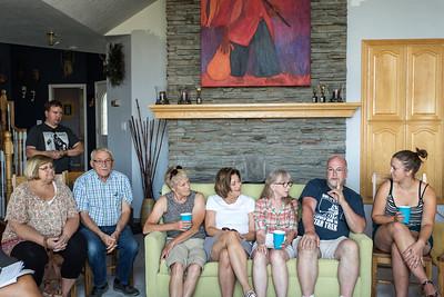 Sandy, Curt, Lanny, Jane, Denise, Bonnie, Seth, Kel C-0348