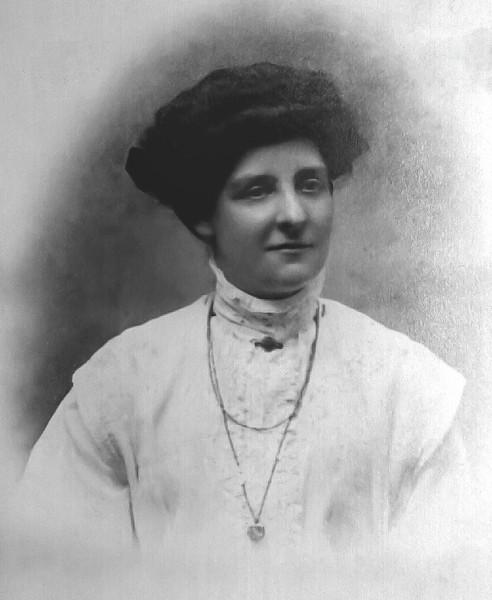 Ellen Bertha Nicols, 1908