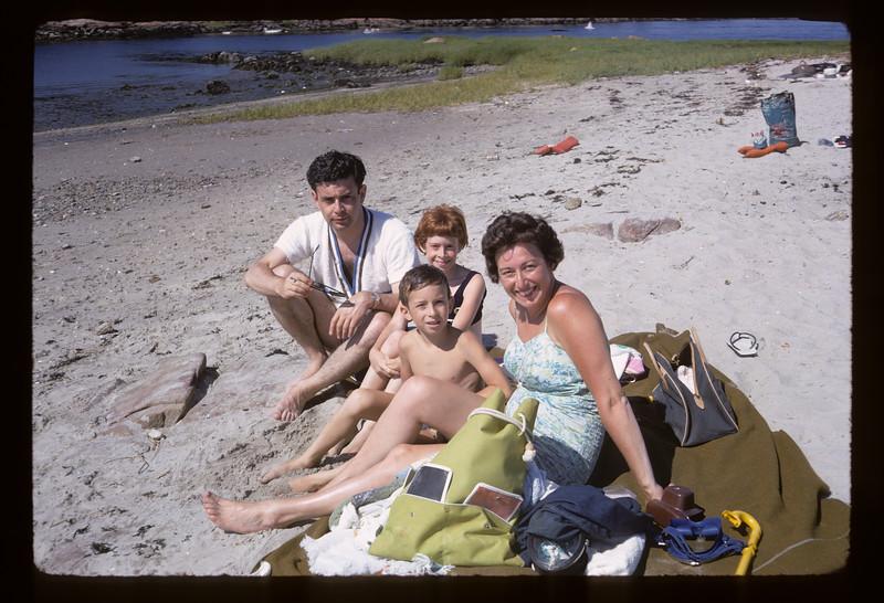1966 Family_4141.jpg