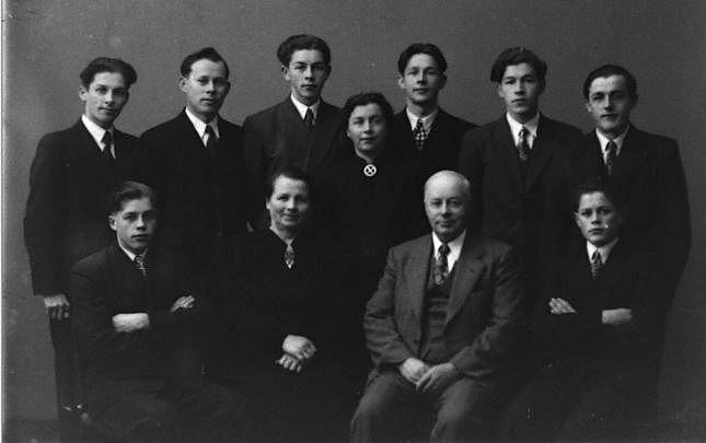 Hanna og Lars med familien 1948 S