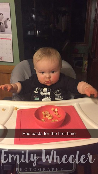 Day 48 | February 17th<br /> As it says, she had pasta for the first time. She liked it and she didn't get too messy! Incredible!