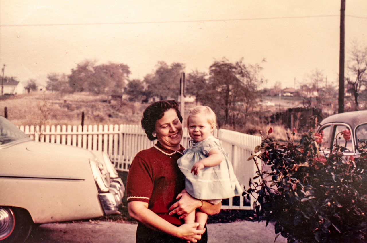 Mae Betty Piersol with a little girl (Patty), at her home in Lewiston ID, 1959