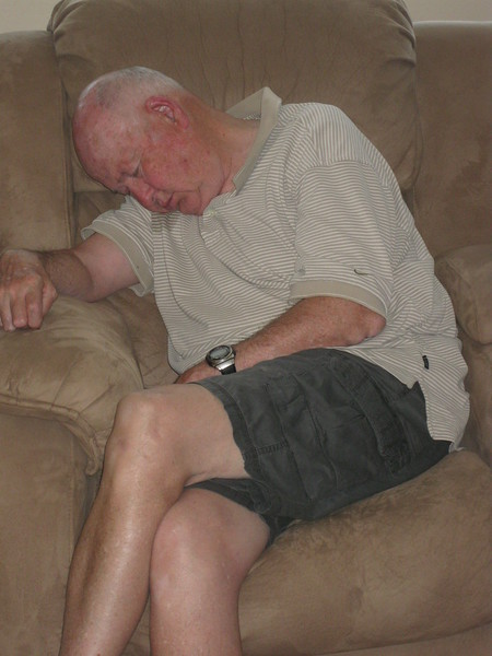 9182- Papa Woody's worn out