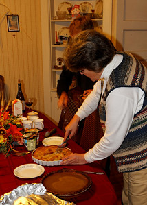 My most favourite time of the year! Pie time! Mary Ann made a Swedish apple pie and and pumpkin pie, mmm, mmm!