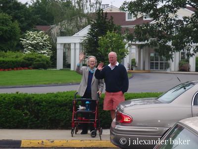 Marion & Bob waving bye bye