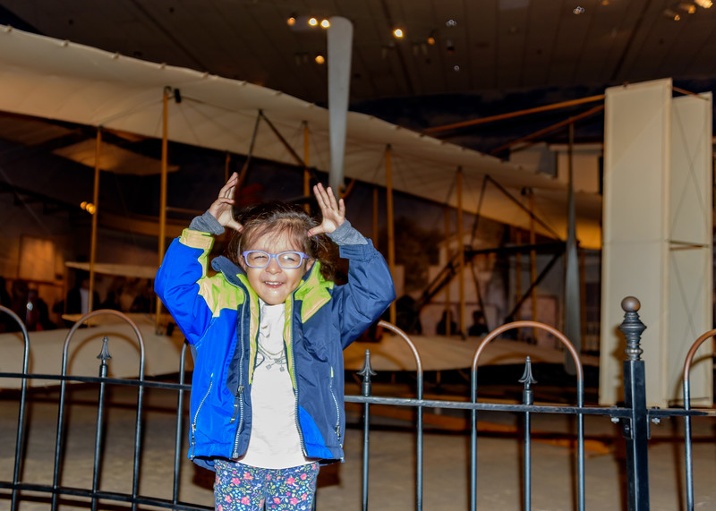 Avani in front of 1903 Wright Flyer