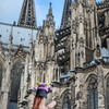 Yeti and the Kölner Dom