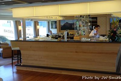 Ship Bar