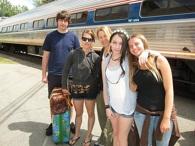 Ben, Paige, Bev, Alaina, Gracie in front of the train.