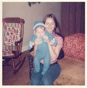 1972_barb_holding_aaron