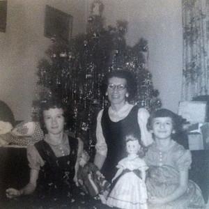 1950s_mom_barb_grandma_xmas_2