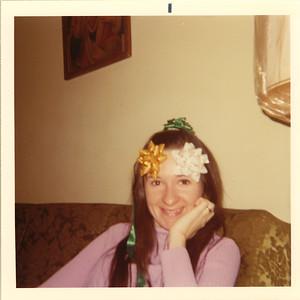 1970_mom_bows