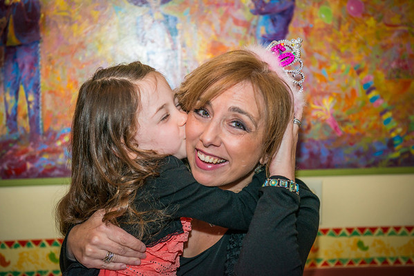 Pose #2: Birthday kiss for mommy