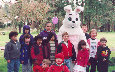 Kayla at the Team in Training Easter Egg Hunt.  Many of the other kids here are honor patients.  The young man in the red jacket, directly behind Kayla is Robert Wyler, who Paul ran his first marathon for in 1998.  April 1999