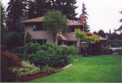 As of early December, this will be our new residence.  It is on a small pond, shared with nine or so other houses.  Kirkland WA August 1999