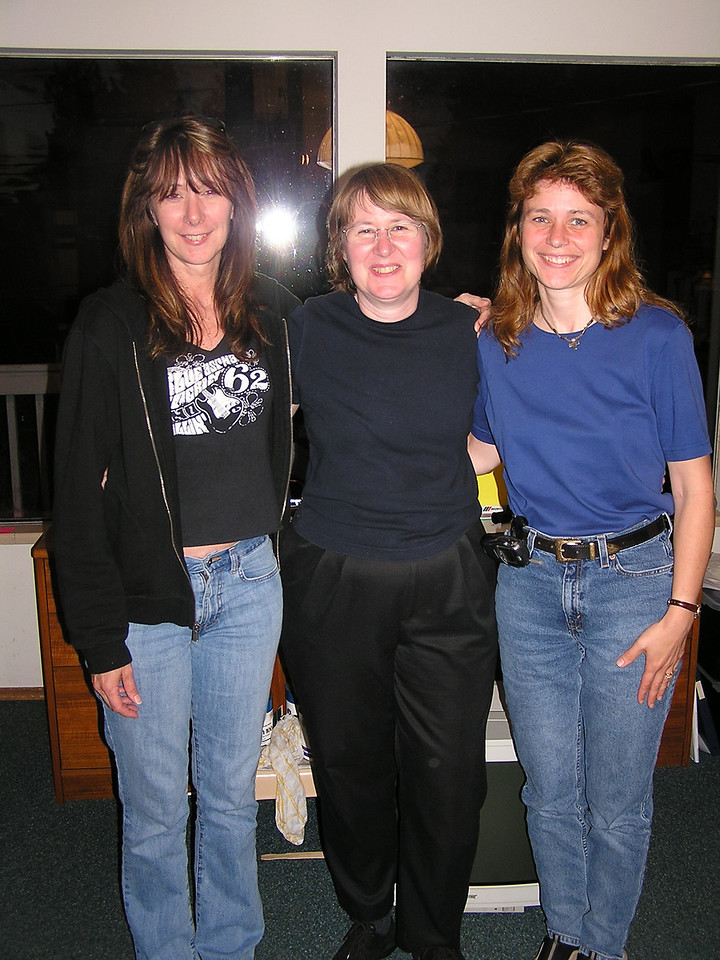 The Judd sisters ... (L to R) Susan, Mary and Elaine.  Mary is the oldest.