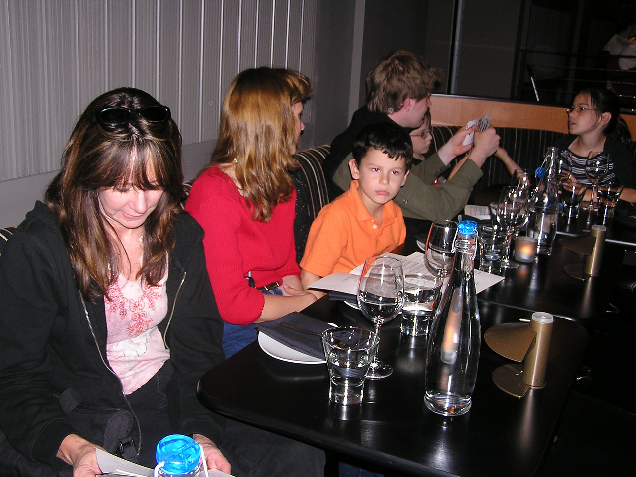 (L to R) Mary's sisters Susan and Elaine, Elaine's son Alan, Nathan, Parker and Isabelle.