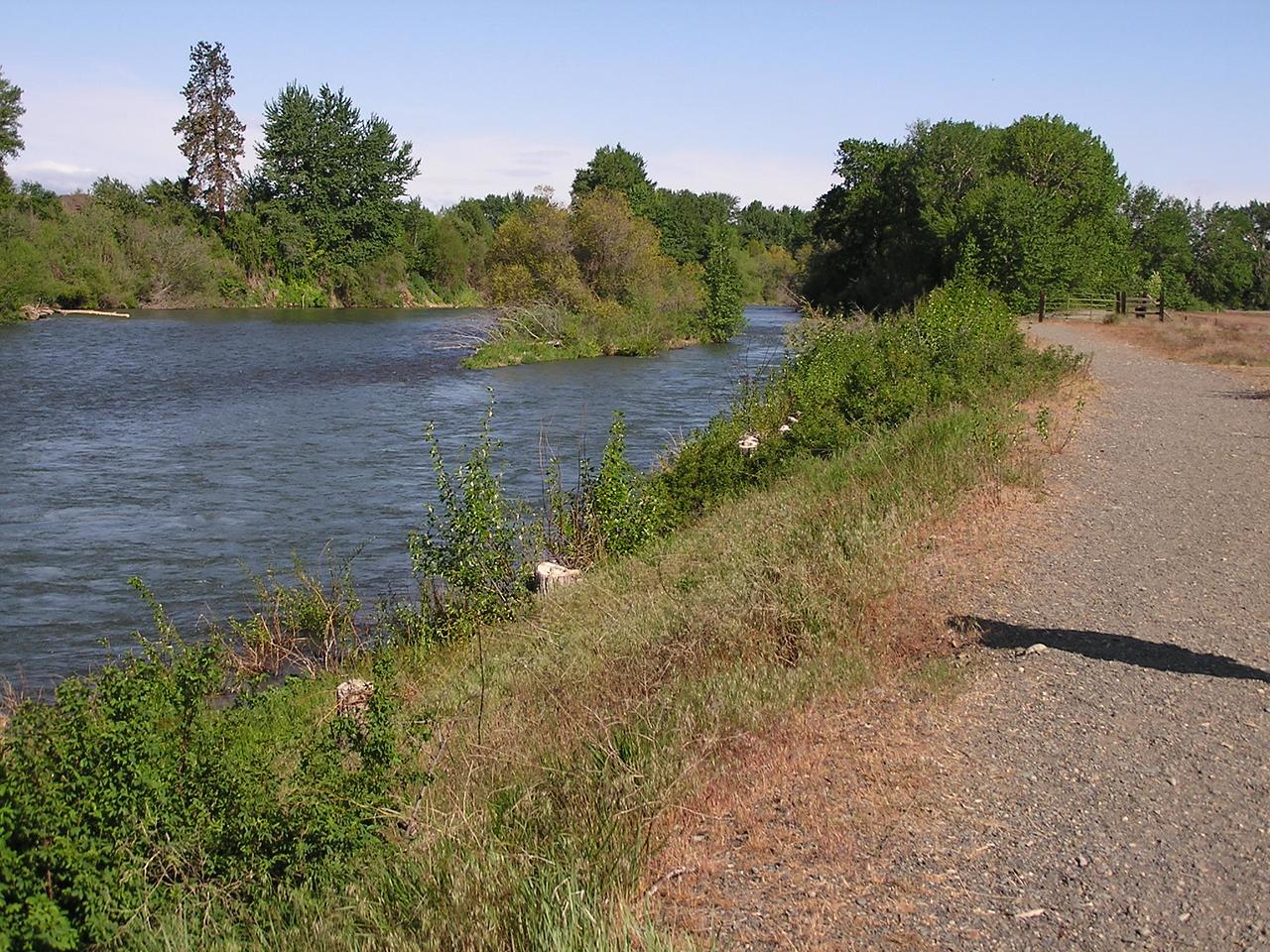 07 05 13 Eburg Riverfront 017