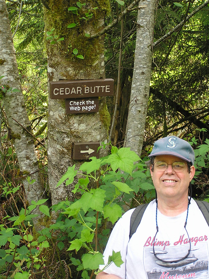 The little trail marker at the edge of the Iron Horse Trail.  Martin.