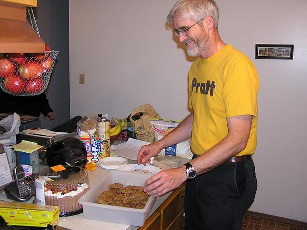 Keegan's B-day and Choc chip cookies, Nov 21, 2007