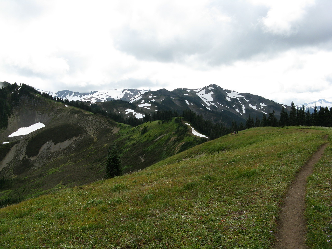 Another look across the meadow to where Mount Baker ought to be, above these mountains and to the left.