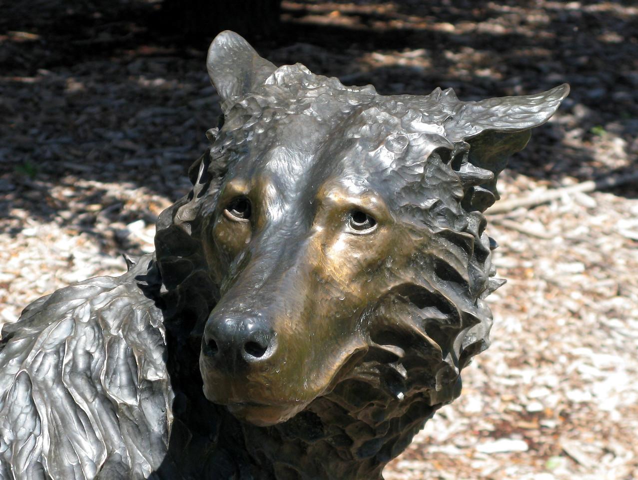 12-05-04 Sculp 042