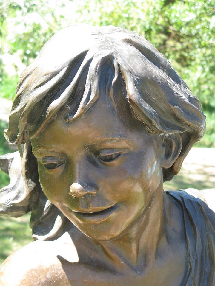 12-05-04 Sculp 006