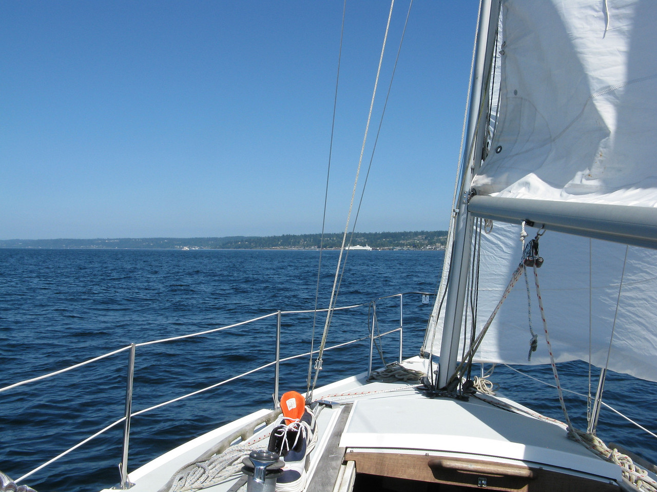 'We continued with the sails close hauled as we headed east to Edmonds.