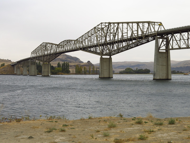 This is highway bridge over the Snake River at Lyons Ferry, as seen from the marina.  Washington state highway 261 crosses here.