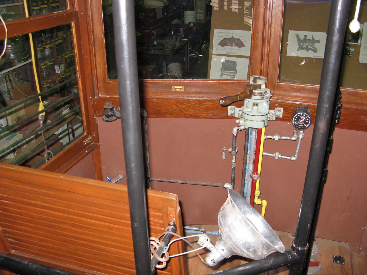 12-05-07 Trolley 003