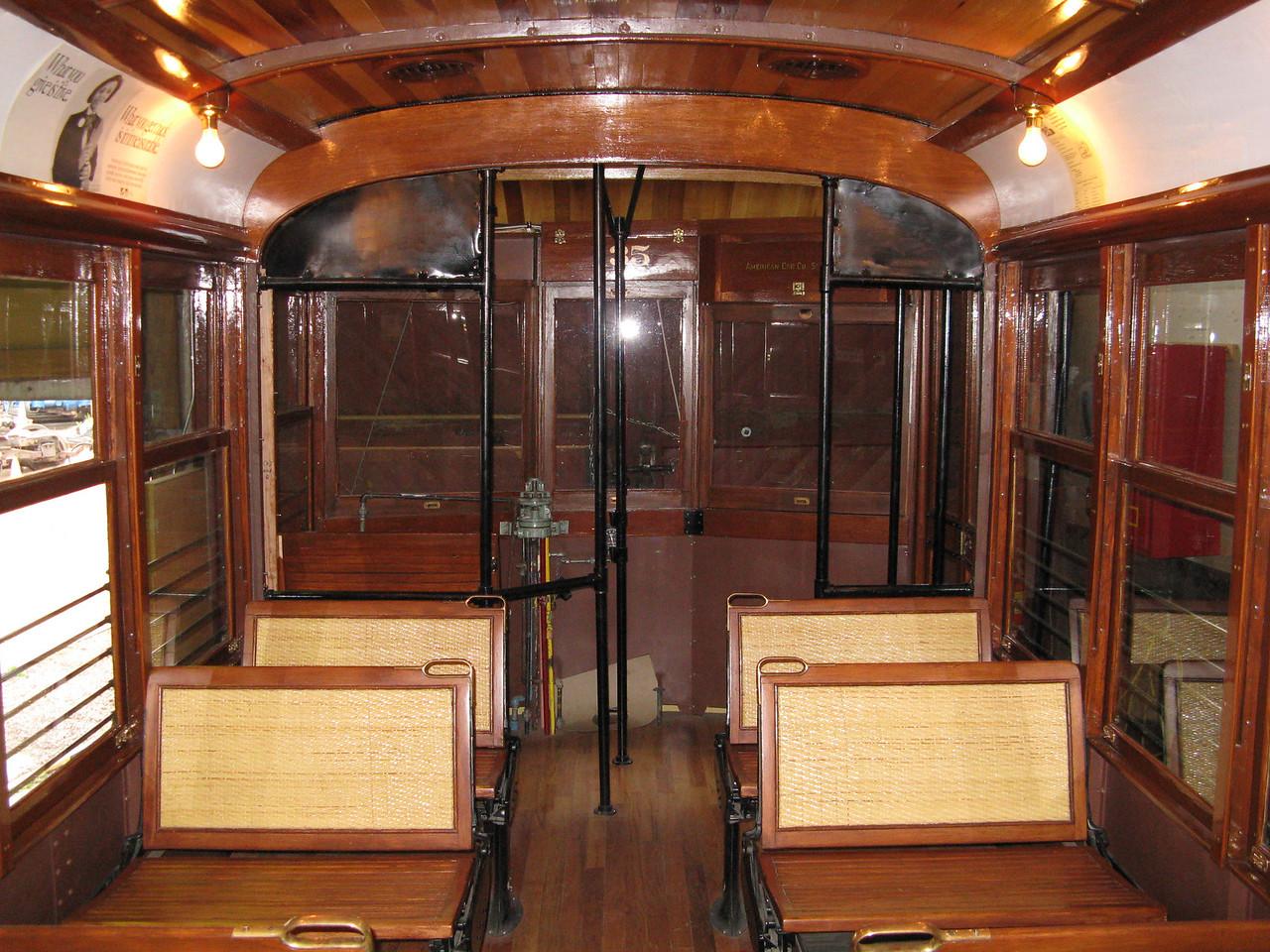 12-05-07 Trolley 002
