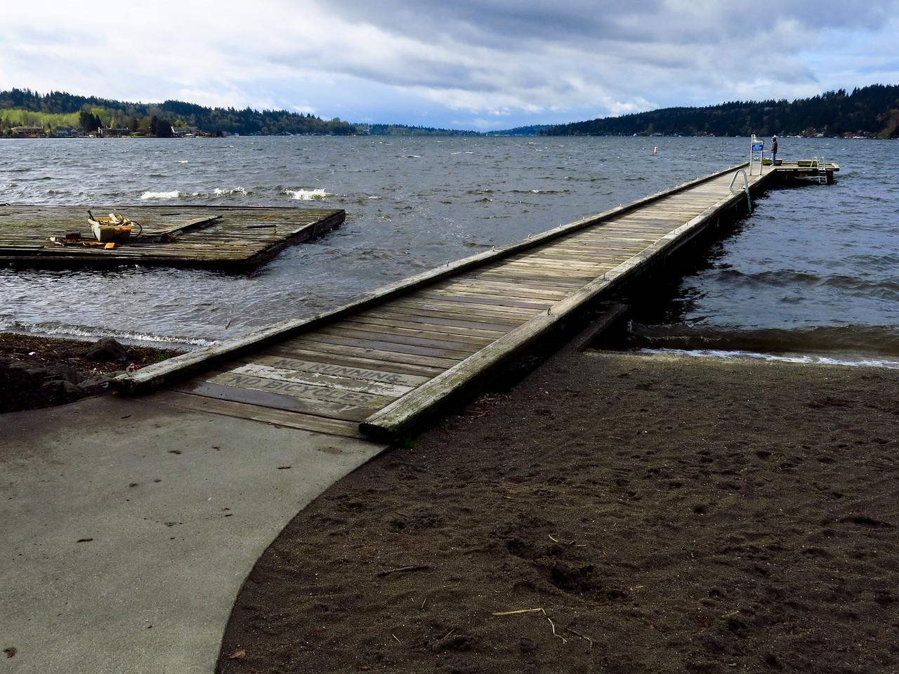 Looking south across the pier on Lake Washington at Entai Park.