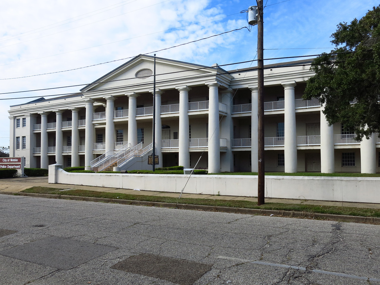 Mobile City Hospital