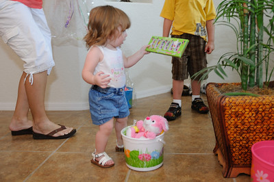 Brooklyn opening her Easter basket