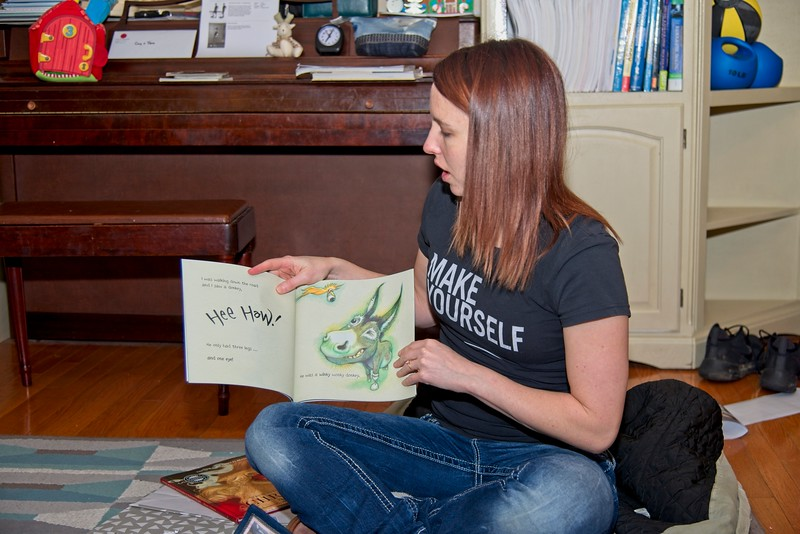 """Tera and the """"Wonky Donkey"""" book"""