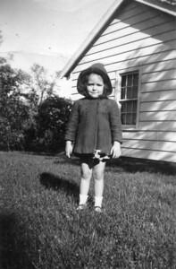Undated Anita (Taylor) Platek, daughter of Margaret Ruth (Keating) (Taylor) Kuck.