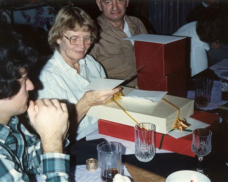 1987 Mom