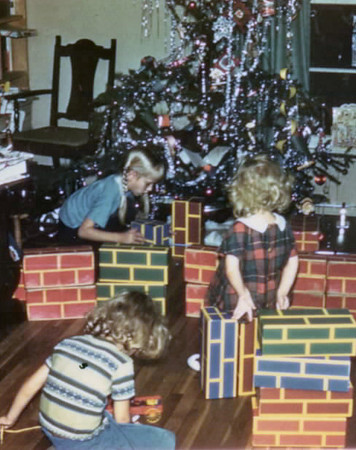 1962 tree, bricks gift