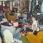 1990 tree and gifts