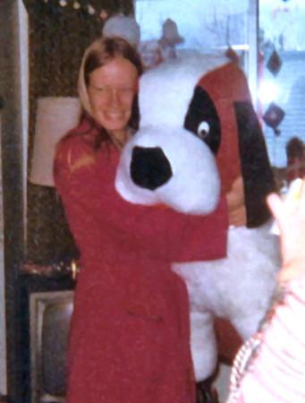 1976 Ellen new dog