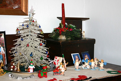 2006 miniature tree