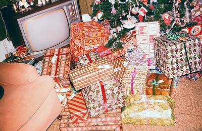 1977 Gifts under the tree (some of them)