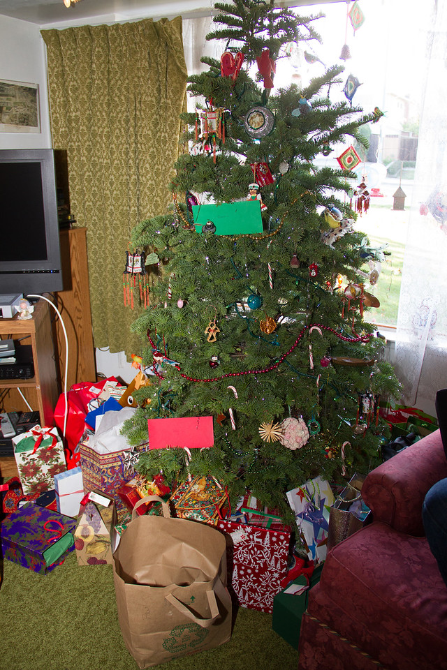 2015 Tree and gifts