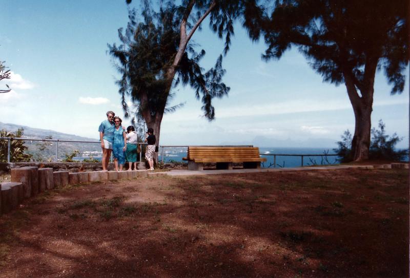 Tahiti. John Donaldson; Nancy Rawlings Donaldson
