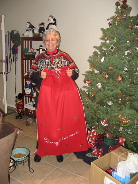 Santa Sandy arrives with Robin's prezzies!